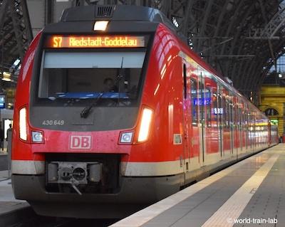 フランクフルトの地下鉄・トラム...